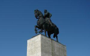 statuie-stefan-cel-mare